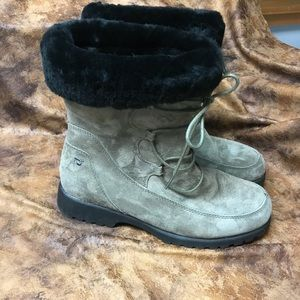 Proper woman's Grenoble boot